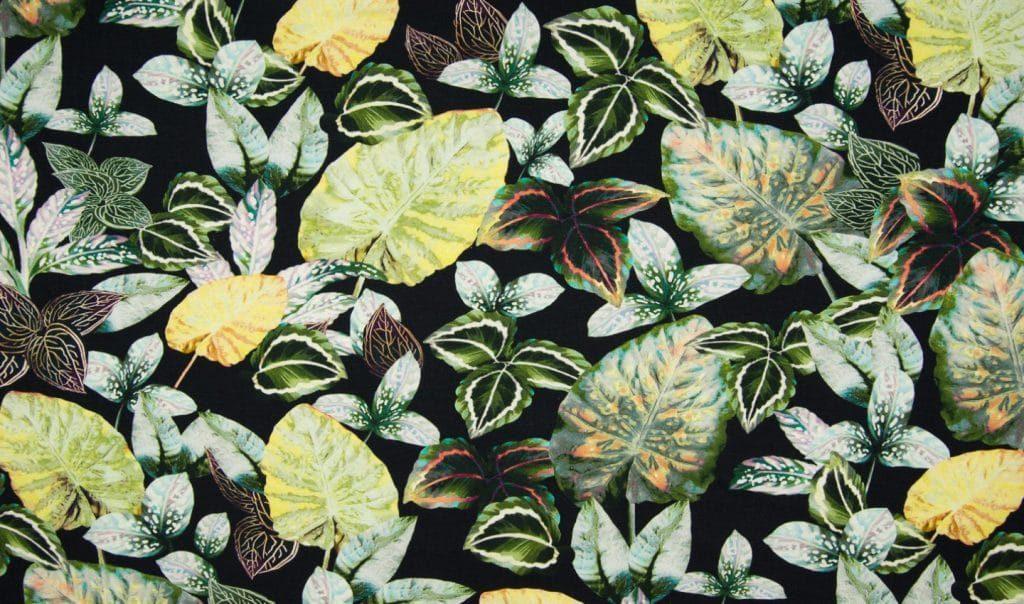 Rohelised lehed mustal, viskoostrikotaaž