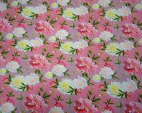 Kollased ja tumeroosad pojengid roosal, puuvillatrikotaaž /Cotton Single Jersey/