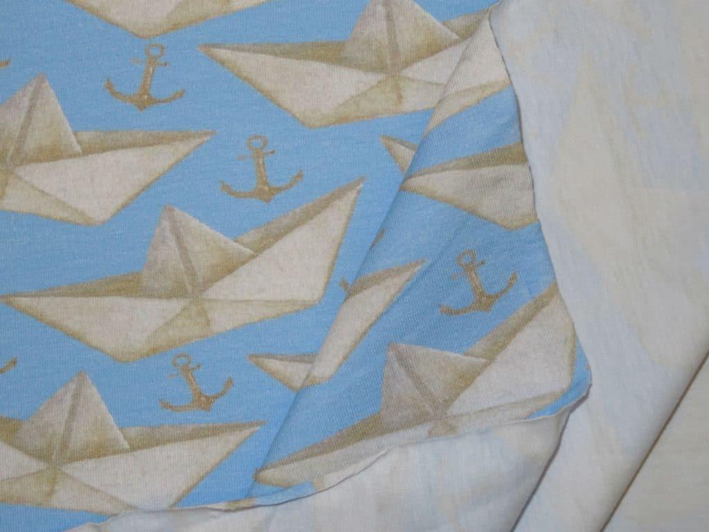Paberlaevad helesinisel, puuvillatrikotaaž /Cotton Single Jersey/