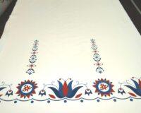 Rahvusmotiividel lillekangas, puuvillatrikotaaž / Single Jersey ca 0,90m/tk