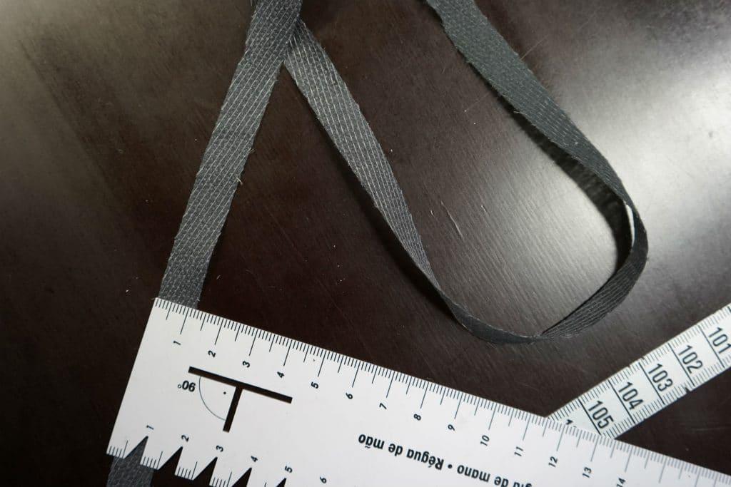 Liimipael diagonaalselt läbiõmmeldud, hall, laius ca 1cm